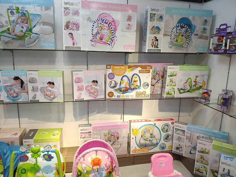 YS toys showroom