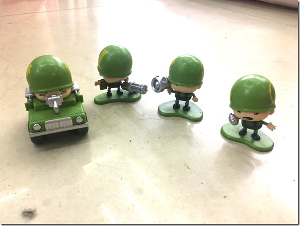 army figure toys