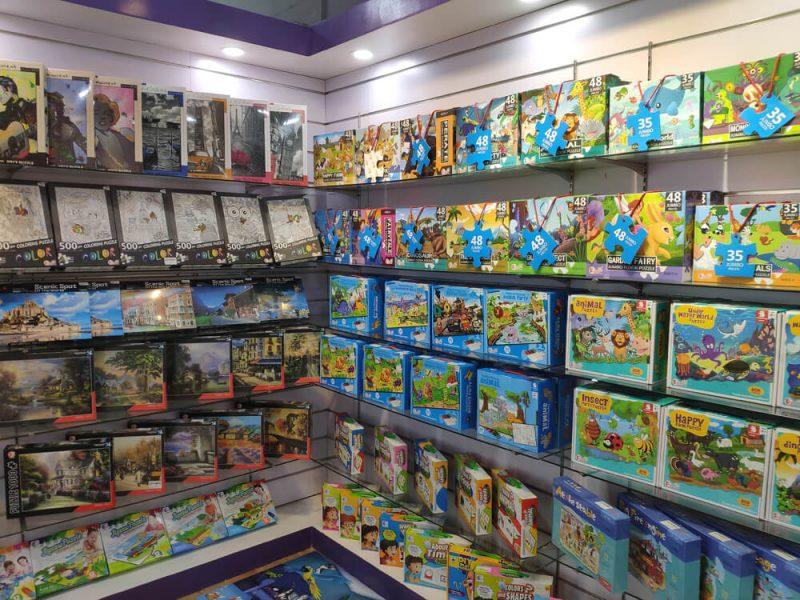 Jigsaw puzzles manufacturer